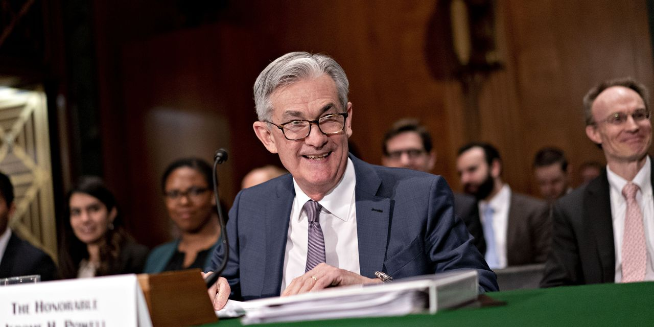 fed-needs-fiscal-support-to-close-gap-between-markets,-real-economy
