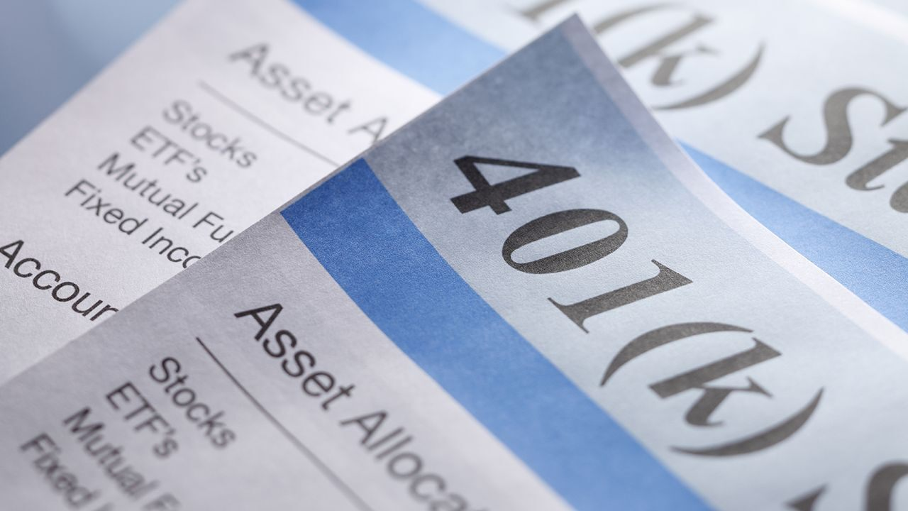 is-it-time-for-investors-to-ditch-their-401(k)s-for-retirement?
