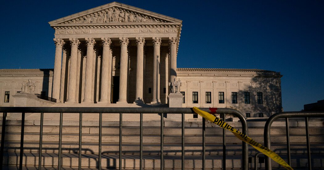 supreme-court-takes-up-trump-plan-to-exclude-unauthorized-immigrants-in-redistricting